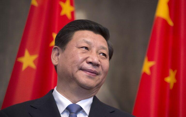 China Proíbe a Venda de Bíblias na Internet e Repreende Cristãos.