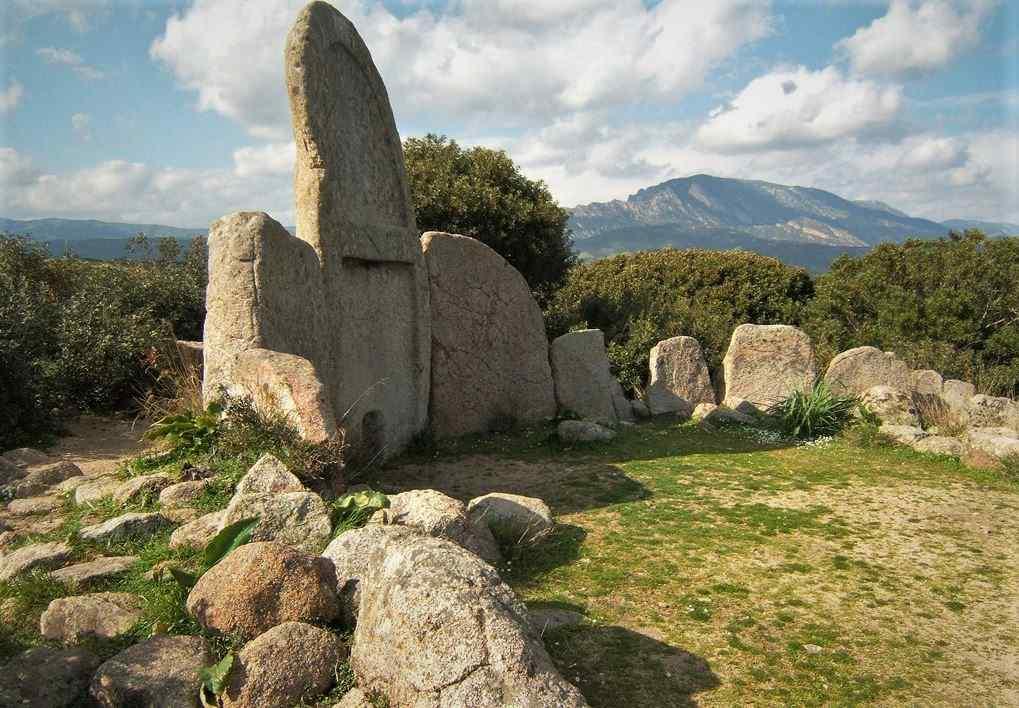 tumba-dos-gigantes